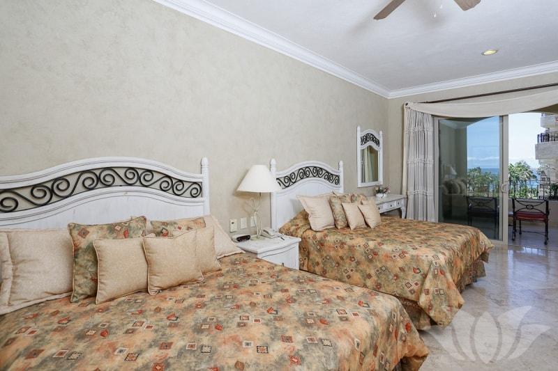 villa 2404 13