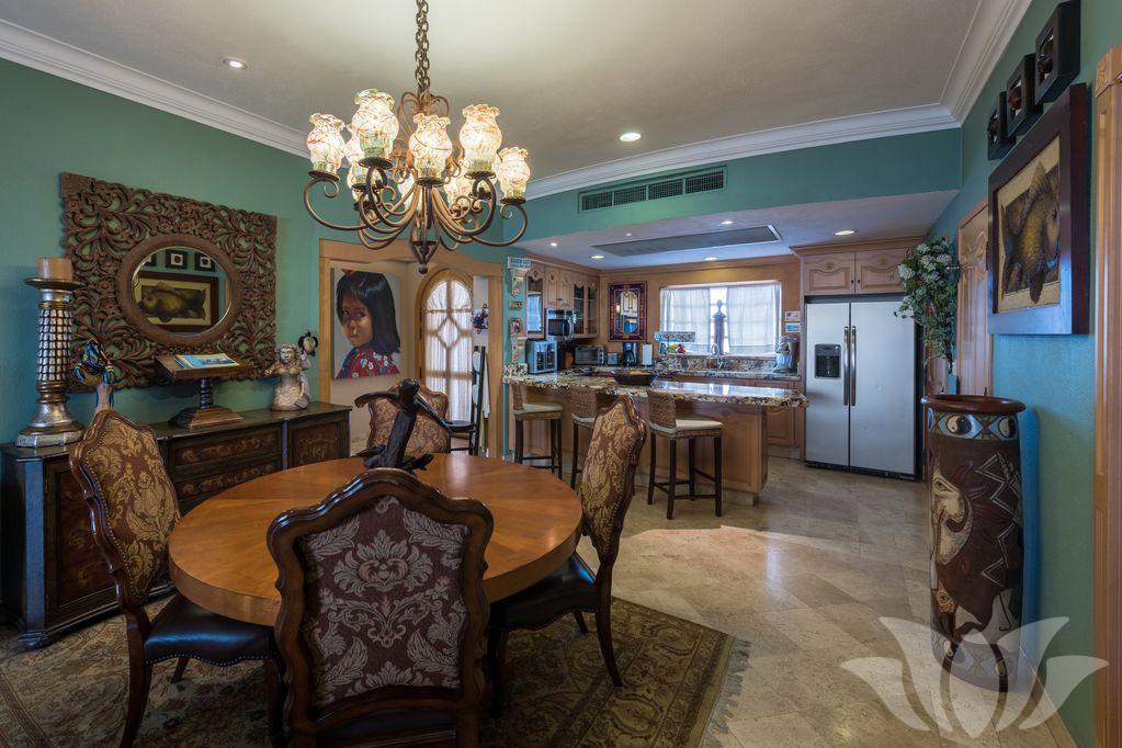 villa 2405 06