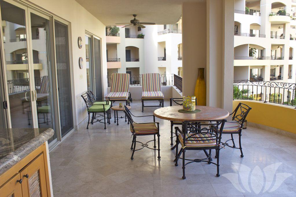 villa 2406 02